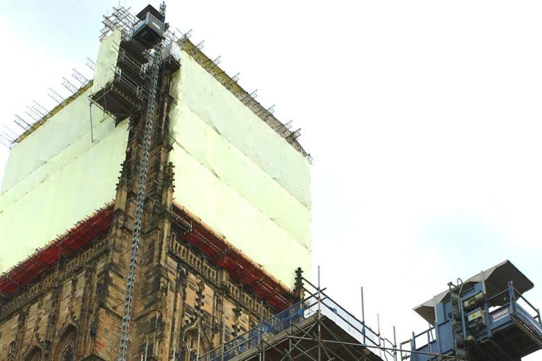 Durham-Cathedral-hoist-2