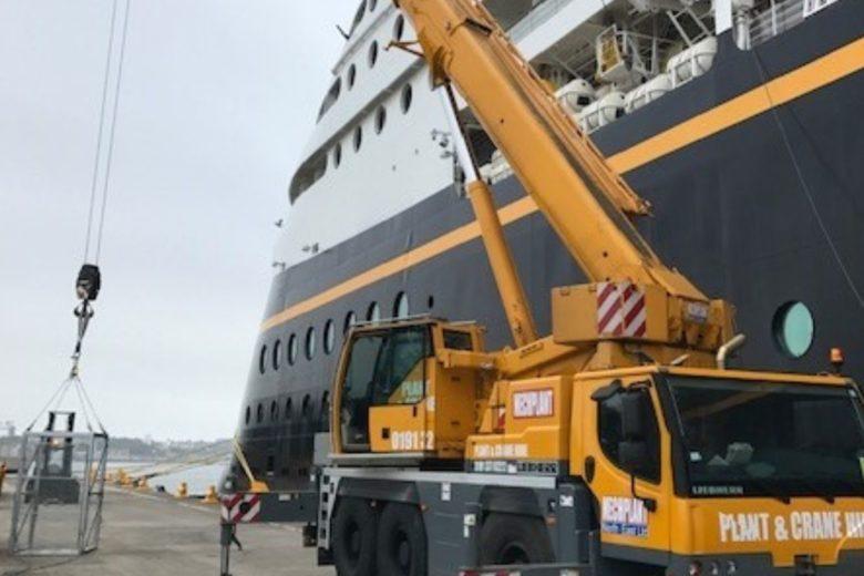 ship-cranes