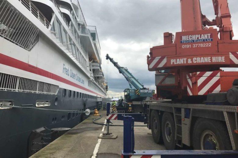ship-cranes-north-east